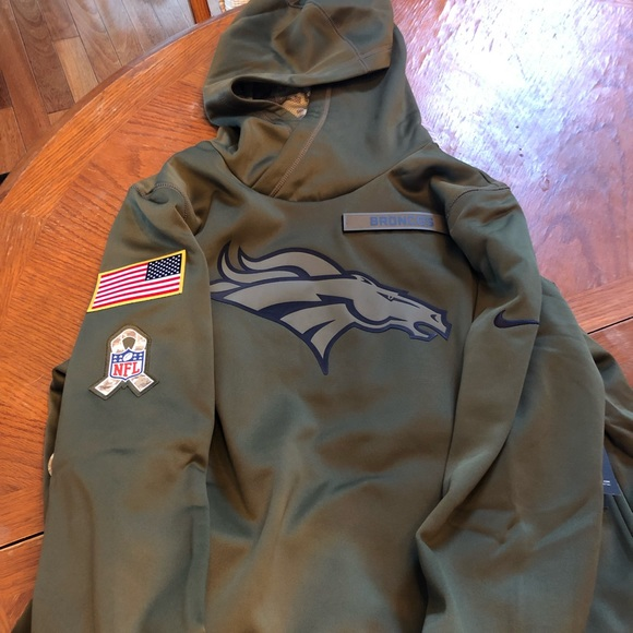 brand new 518fb a9905 Broncos salute to service Nike hoodie. Women's XL NWT